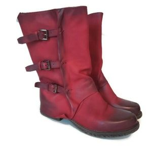 Shoes - Cute red leather boots